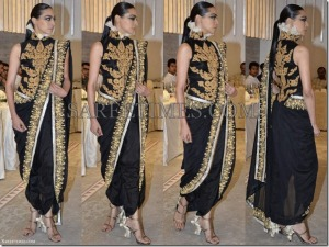 Anamika_Khanna_Black_Saree_thumb[1]